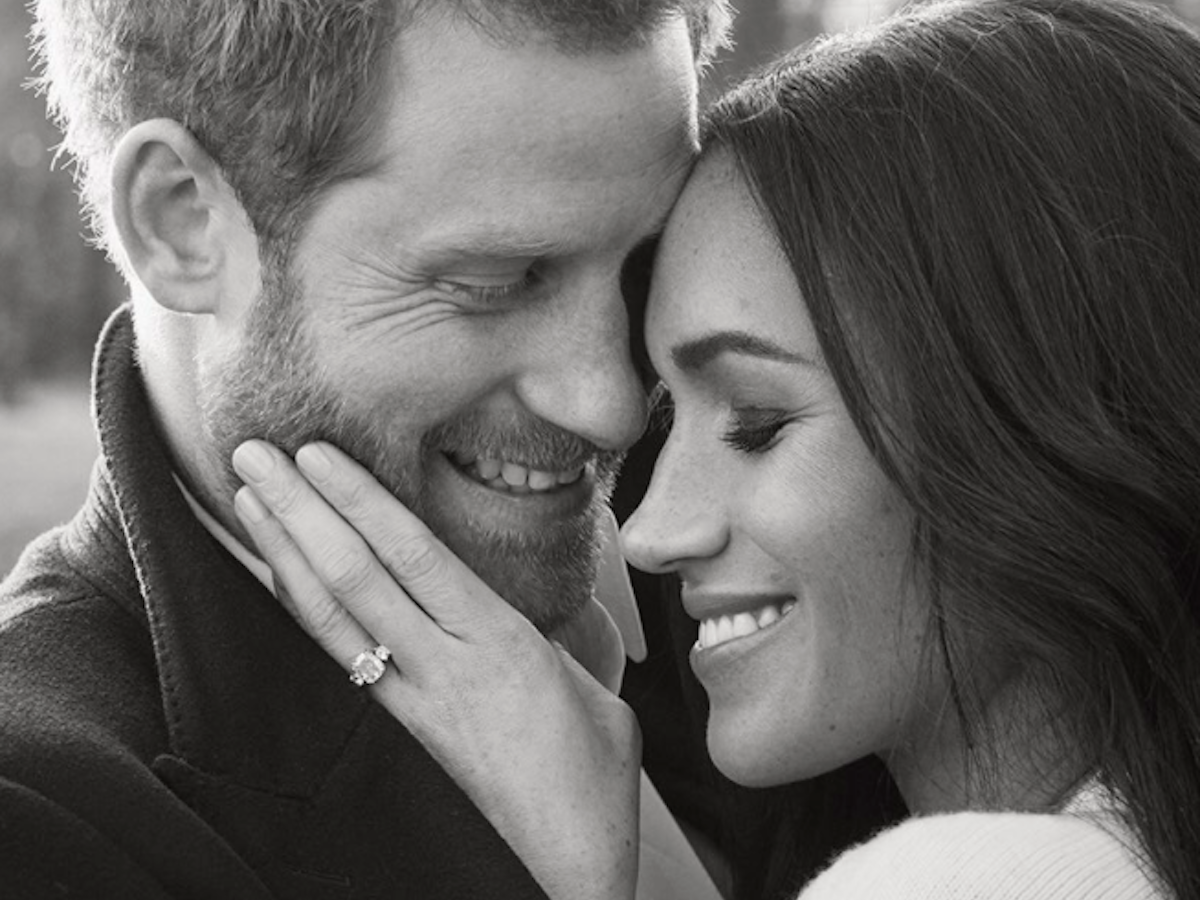 prince-harry-and-meghan-markle-just-released-their-official-engagement-photos–take-a-look